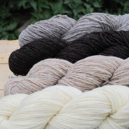 Laines et fils à tricoter