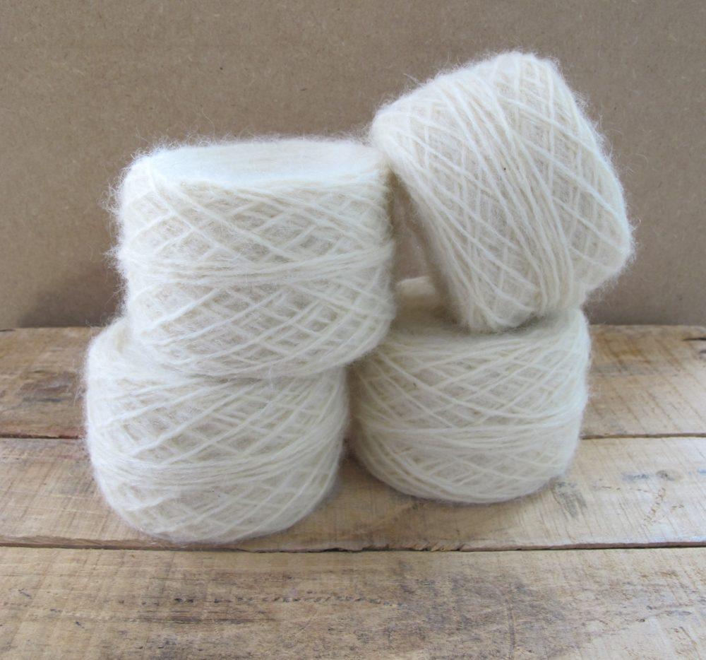 mise en pelote écheveaux laine mohaire Bellelaine